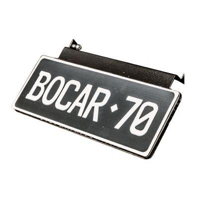 Number plate flip-up bracket